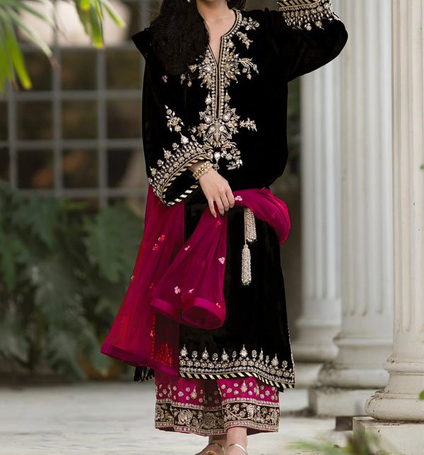 Black Velvet Embroidery Suit With Net Embroidery Duppata Unstitched (CHI-292)