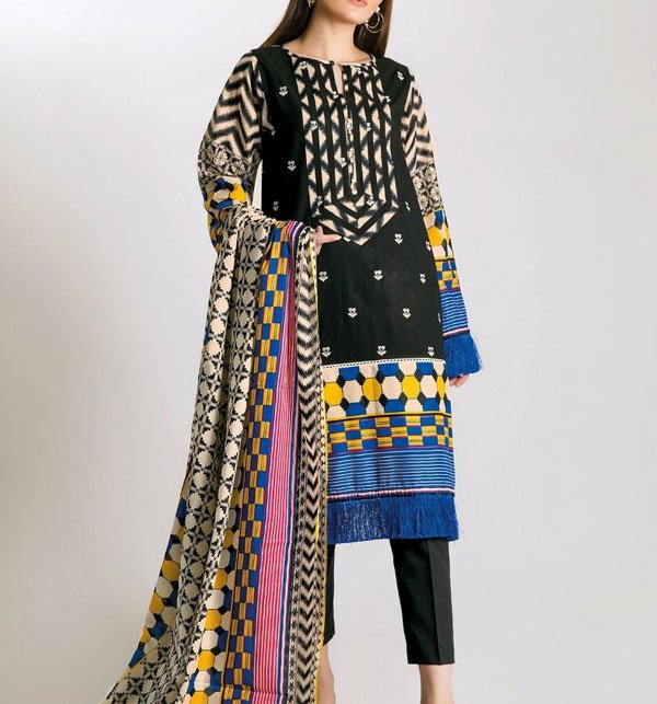 Khaddar Embroidery Black Suit With Wool Shawl Dupatta (Unstitched) (KD-38)