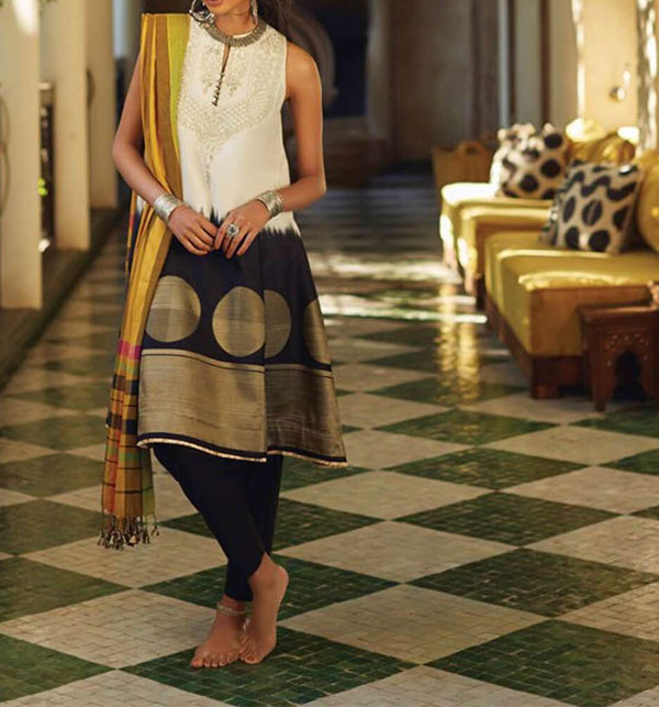 Lawn Embroidered Dress With Chiffon Dupatta (DRL-362) (Unstitched)