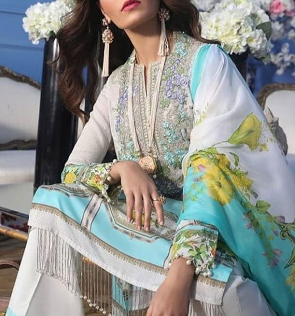 Embroidered Lawn Suit With Chiffon Dupatta (DRL-381) (Unstitched)